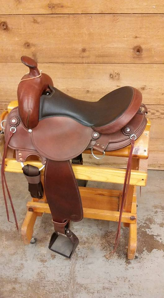 Fabtron 16 Gaited Leather