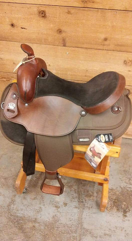 Fabtron 17 Gaited